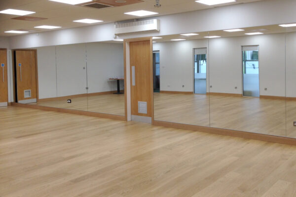 mearns-castle-function-room-mirrored